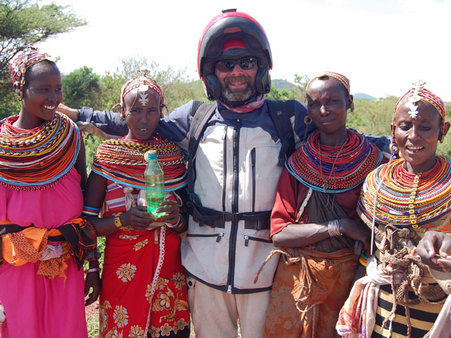"Aventura en moto por África: ""Safari Salama"""