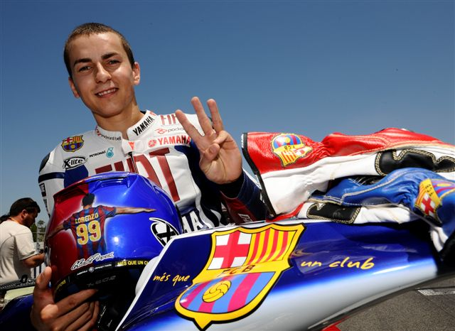 MotoGP. Lorenzo estrena equipación del FC Barcelona en Montmeló