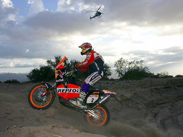 """KTM """"invita"""" a sus clientes a cambiar el Dakar 2010 por la Africa Race"""