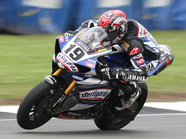 Ben Spies logra la superpole del Mundial de Superbike en Gran Bretaña