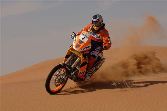 El Dakar vuelve a cambiar el reglamento de las motos