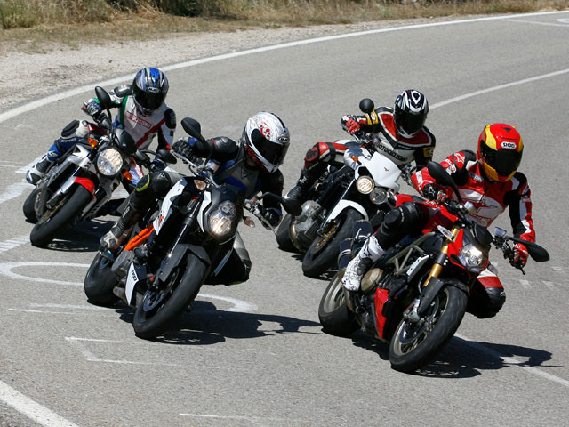 Comparativa Streetfighter. Ducati, KTM, Morini y Mv Agusta
