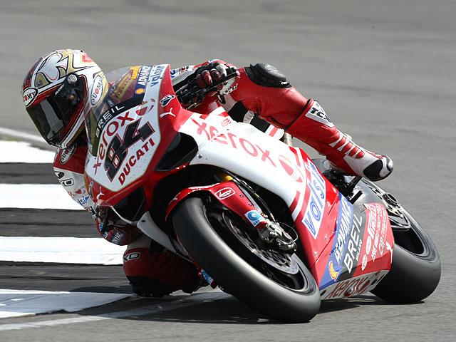 SBK: Fabrizio, más rápido que Spies en Imola