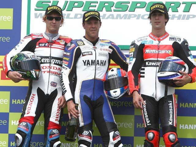 Foret se lleva la carrera de Supersport de Brno