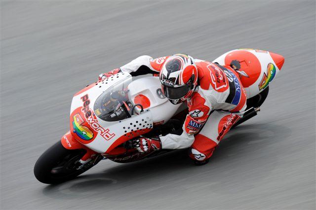 250: Héctor Barberá domina los libres del GP de Brno