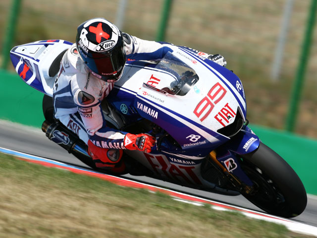 Lorenzo lidera los entrenamientos post-GP en Brno