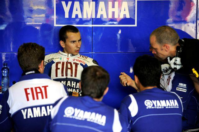 MotoGP: Jorge Lorenzo se queda en Yamaha en 2010