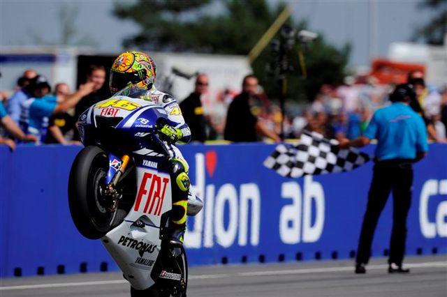 """Valentino Rossi: """"Relajarse ahora sería un error"""""""