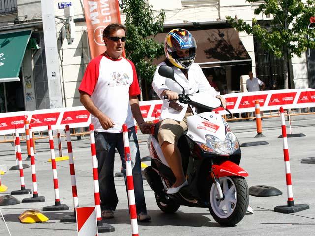 Muévete en moto por Madrid