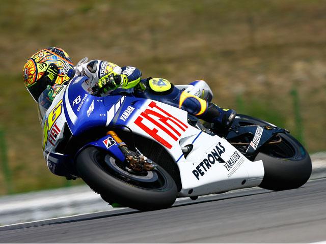 Valentino Rossi gana el primer asalto del GP de Misano