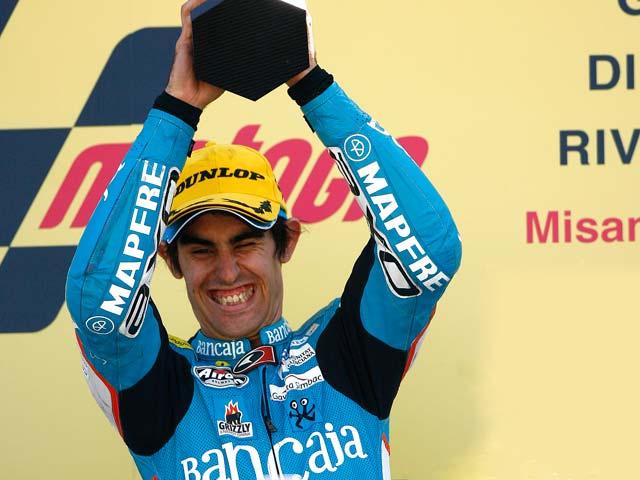 Julián Simón podría lograr el título mundial de 125 en Estoril