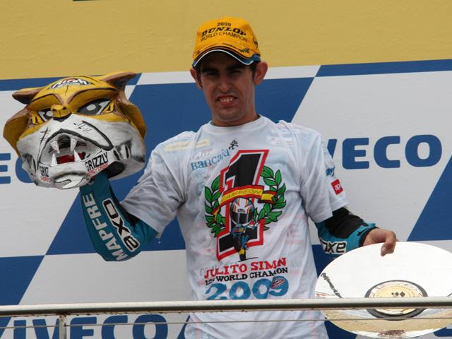 Julián Simón, Campeón del Mundo tras el GP de Australia