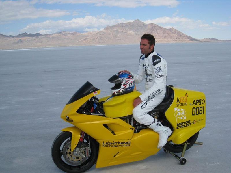 Moto eléctrica. Récord de velocidad: 267 km/h