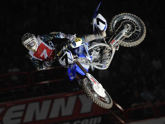 James Stewart, favorito en el Supercross de París