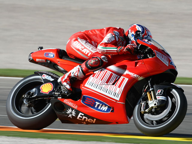 Casey Stoner se adjudica la pole del GP de Valencia