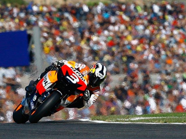 Dani Pedrosa completa el triplete de victorias del GP de Valencia