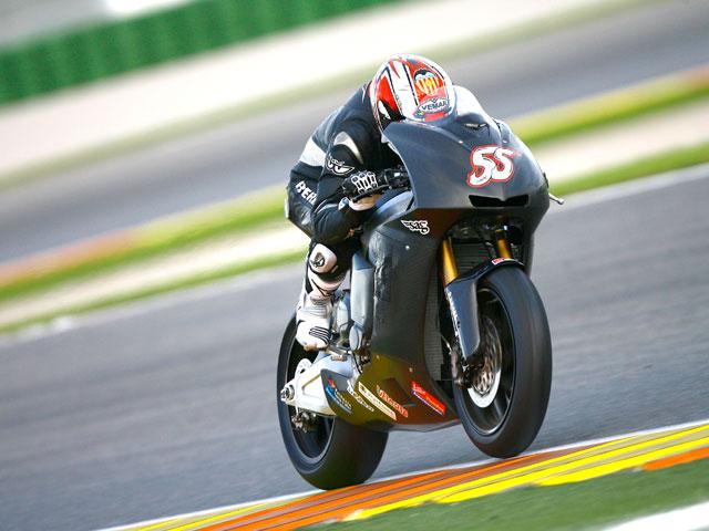 Héctor Faubel se estrena en Moto2 en los entrenamientos de Valencia
