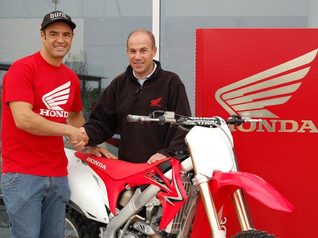 Honda y Javier García Vico crean un equipo de motocross