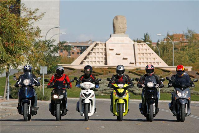 Las matriculaciones de motocicletas moderan su caída en noviembre