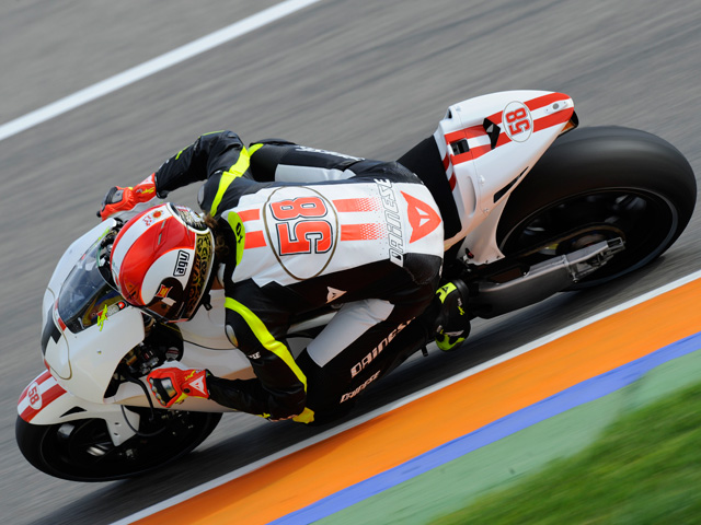 Simoncelli y Aoyama entrenan en Sepang para MotoGP
