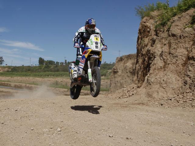 David Fretigné gana la segunda etapa del Dakar. Marc Coma, penalizado