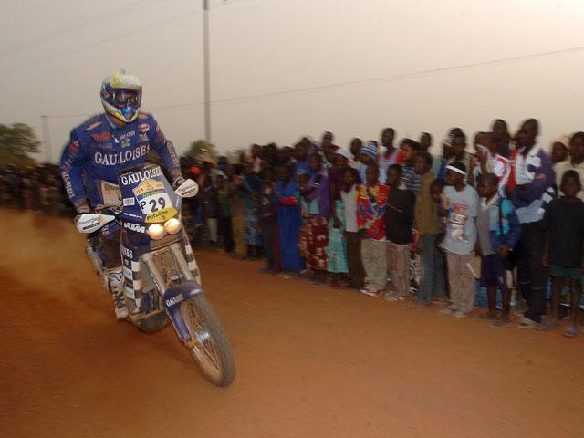 El Dakar podría volver a África en 2011