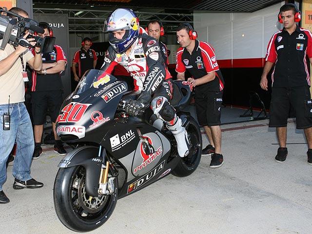 Raga y Coma prueban las MotoGP