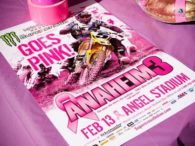 El Supercross americano se moviliza contra el cáncer