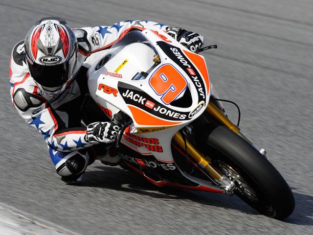 Los pilotos de Moto2 entrenan con los motores oficiales