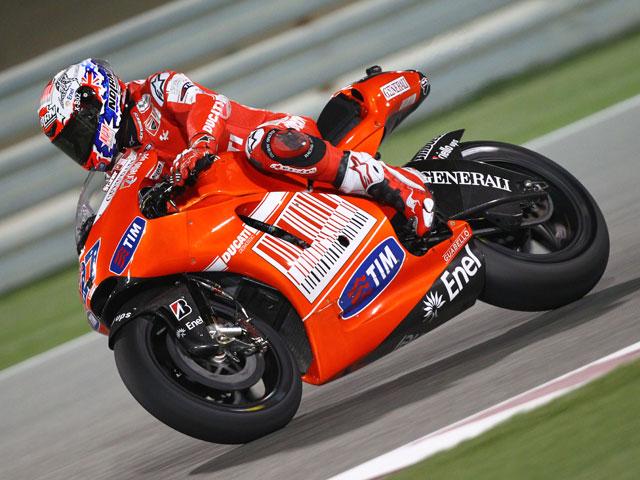 Stoner y Ducati dominan en Qatar; Elías y Márquez, los mejores en Moto2 y 125
