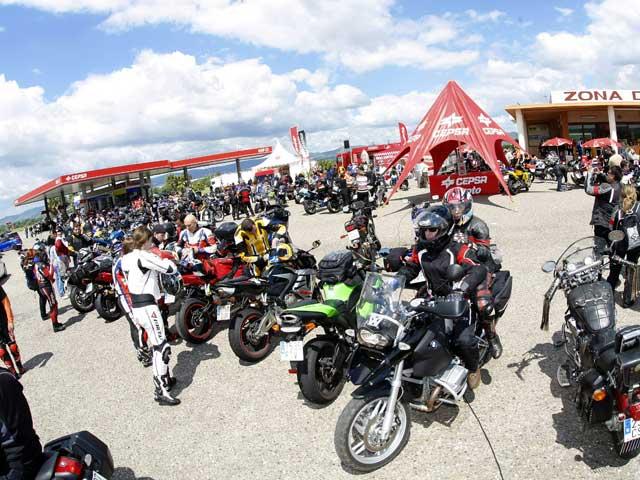 Te esperamos en los Oasis Motociclismo CEPSA