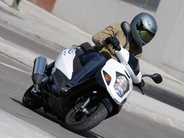 Motos baratas, menos de 2.000 euros (II)