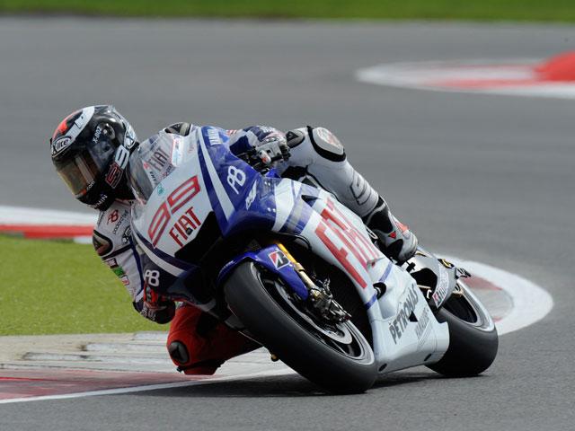 Jorge Lorenzo inalcanzable en Silverstone
