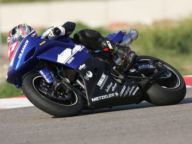 Guinovart sube al podio del Mediterráneo de Velocidad con la Yamaha Challenge R