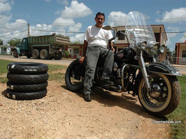Metzeler apoya a los amantes de las Harley Davidson en Cuba
