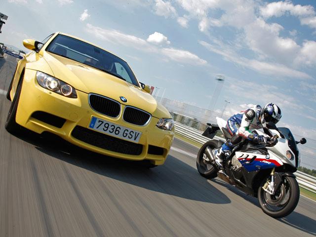 Comparativa BMW S 1000 RR y BMW M3: Adrenalina