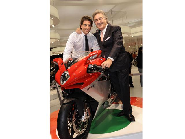 MV Agusta retorna a Italia