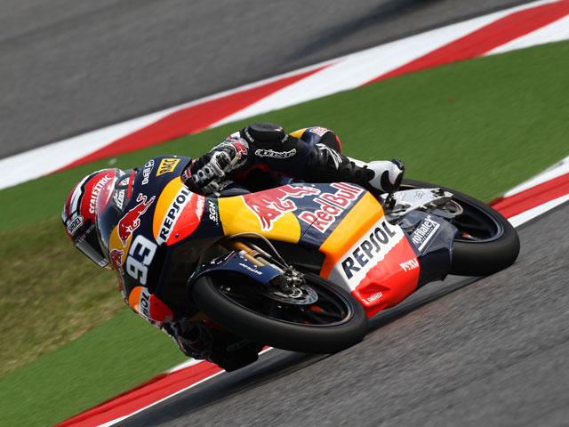 Marc Márquez sube a los más alto del podio de San Marino