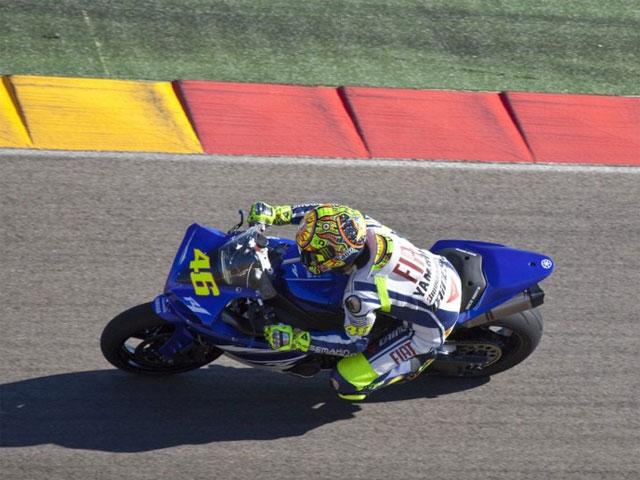 Valentino Rossi rueda en Motorland Aragón