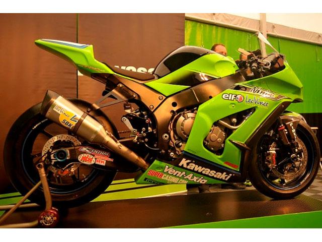 Vídeo de la Kawasaki ZX-10R 2011 de Superbike