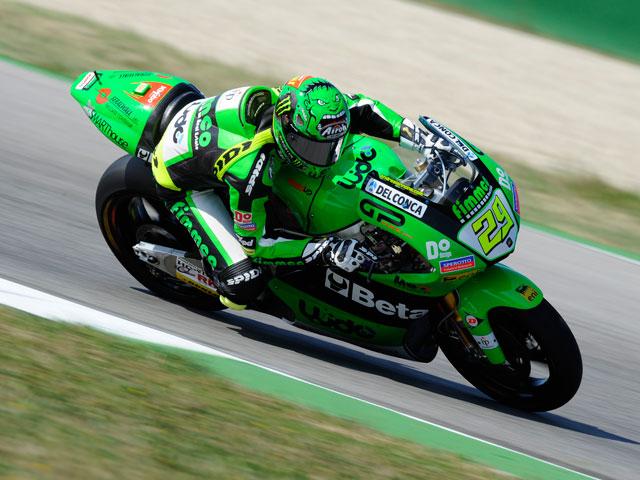 Andrea Iannone, el más rápido en los primeros libres de Moto2