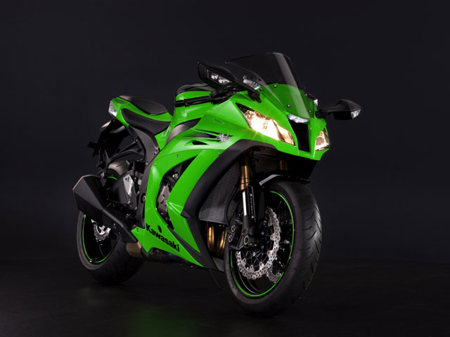 Kawasaki presenta sus modelos 2011 en INTERMOT
