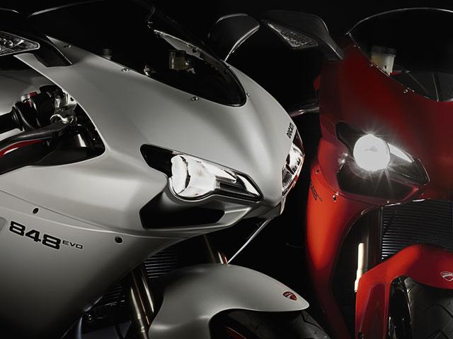 Ducati presenta algunas novedades 2011 en Intermot