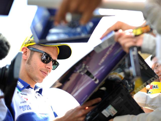 Valentino Rossi empieza fuerte en Sepang