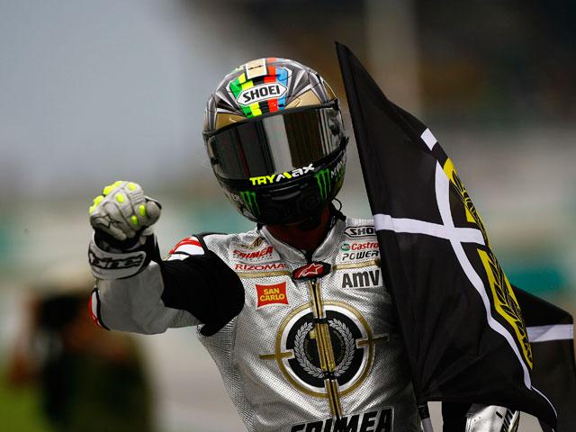 Toni Elías, Campeón del Mundo de Moto2. Victoria para Rolfo