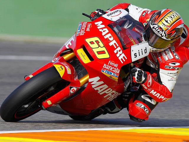 Julían Simón se impone en los primeros entrenamientos 2011 en Moto2