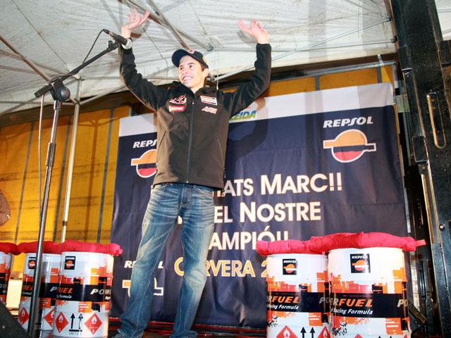 Marc Márquez recibido en Cervera como Campeón del Mundo
