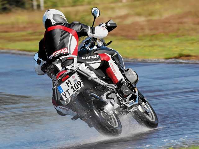 Comparativa de motos con control de tracción