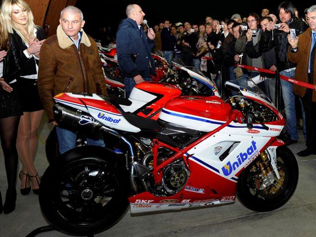 La Ducati 2011 de Carlos Checa
