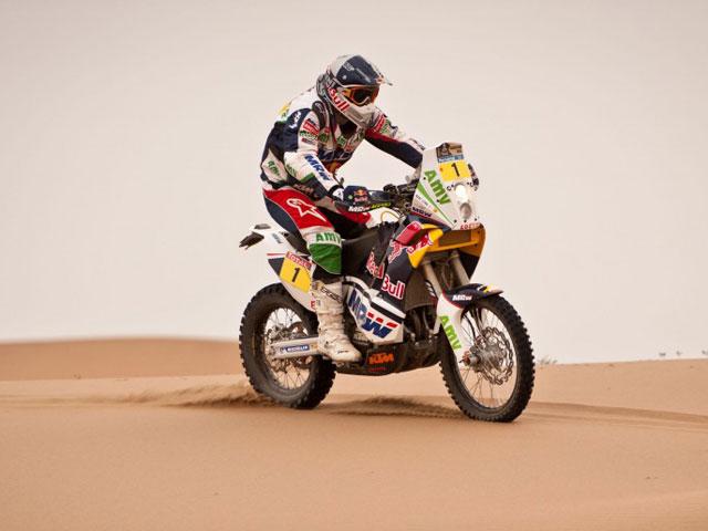 Marc Coma, más líder en el Dakar